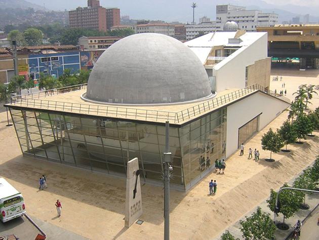 Medellín Planetarium, Colombia. (Source: SajoR/Public Domain)