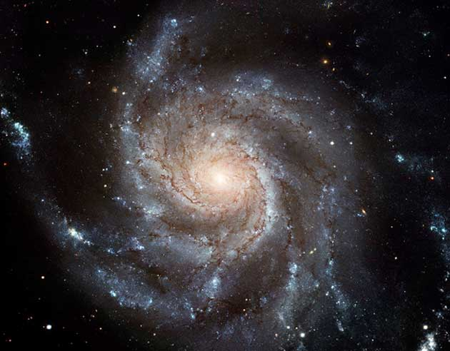 NGC-5457's 'pinwheels' may now be taken as signs of relatively old galactic age. (Source: ESA)