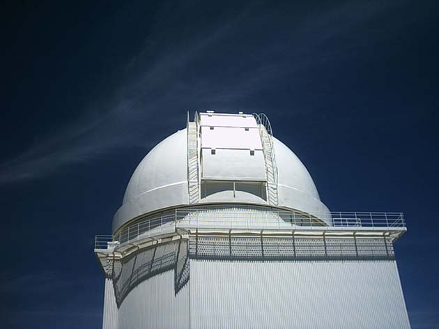 The Calar Alto observatory. (Source: Wikimedia Commons)