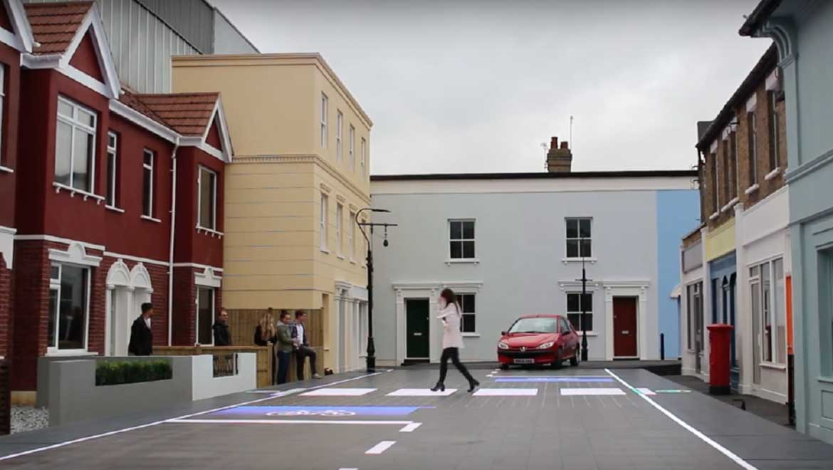 Smart Crossing Designed to Make Pedestrians Safer