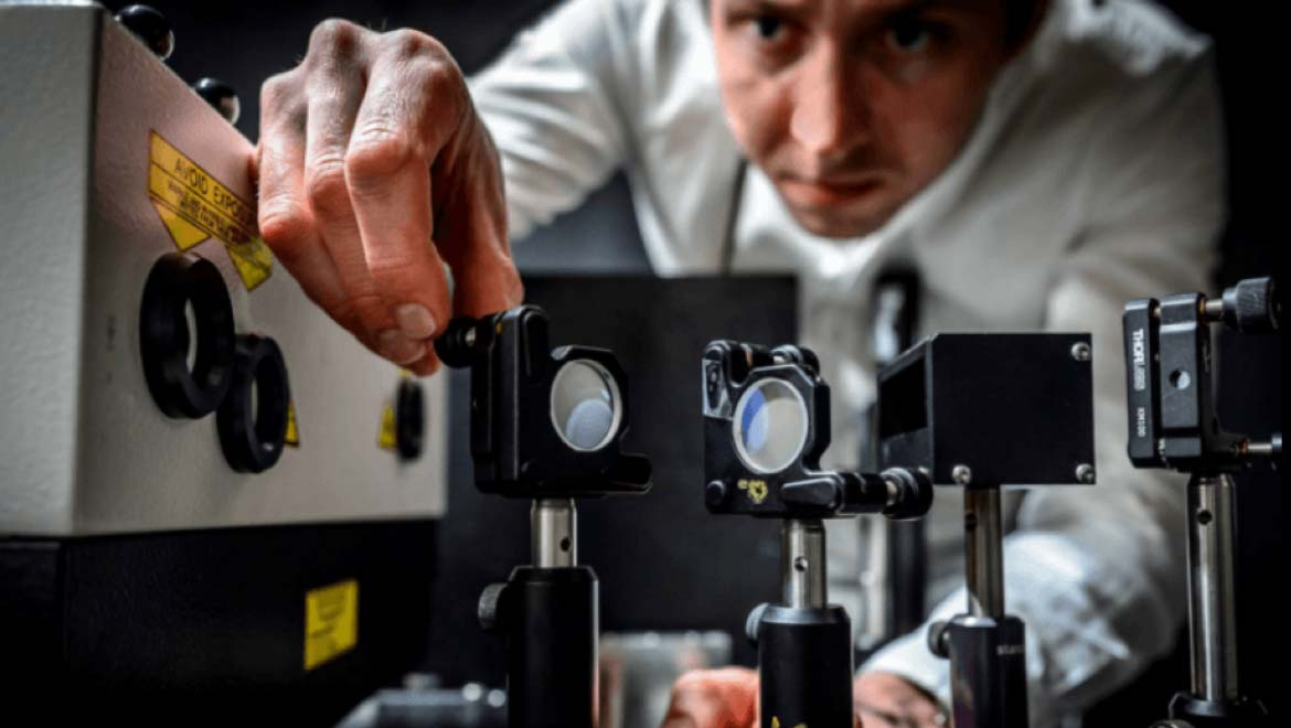 T Cup The 10 Trillion Frames Per Second Camera That Can Capture