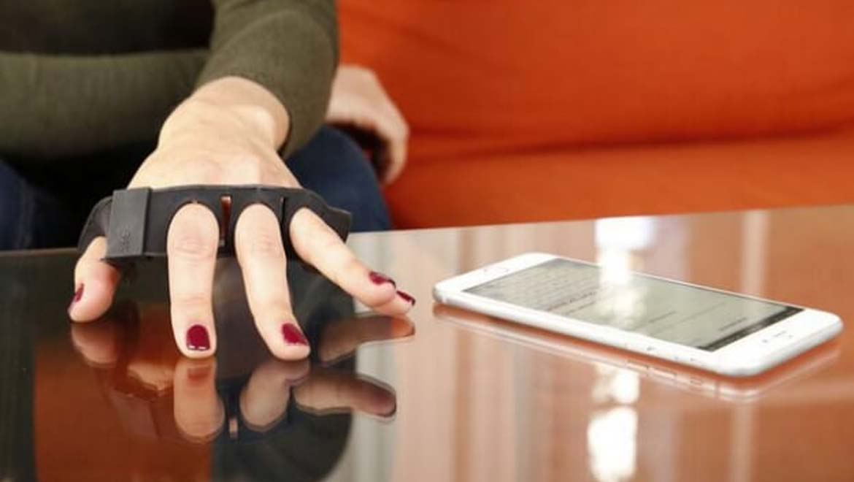 VIDEO: Uređaj koji svaku površinu koju dotaknete pretvara u tipkovnicu