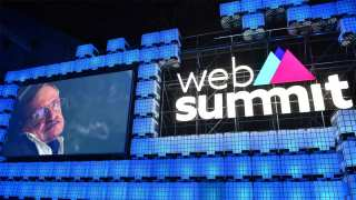 Stephen Hawking at Web Summit: Will Artificial Intelligence Help Us, or Destroy Us?