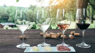 Know Your Wines: Latest Study Confirms That Wine Indeed Improves With Age